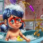 Bañar a Bebé Ladybug
